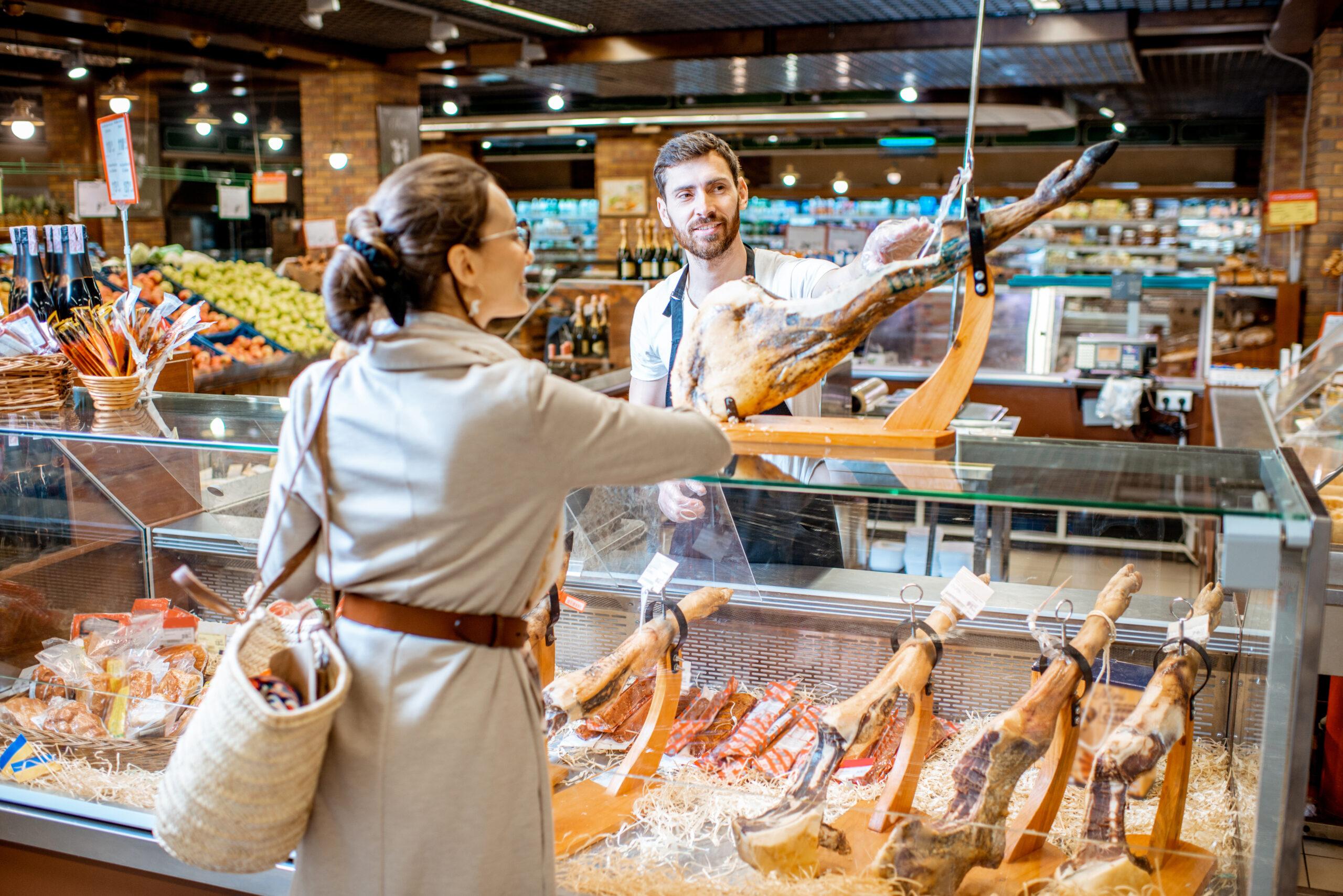 atendimento ao cliente no supermercado